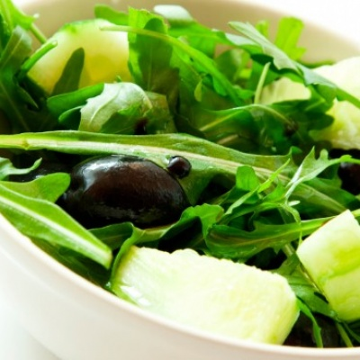 Chemical found in leafy greens 'linked to brain health and intelligence'