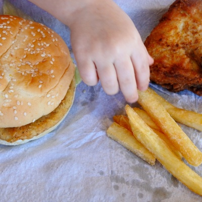 Children who eat too many takeaways 'may face greater heart disease risk'